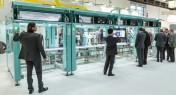 Bosch Rexroth présente sa nouvelle génération d'entraînement électrique, l'IndraDrive Mi zéro armoir