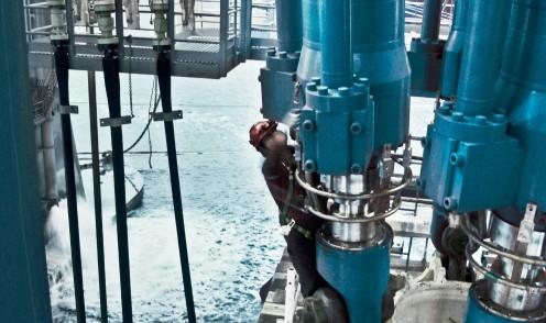 Bosch Rexroth offre divers systèmes de forage afin de garantir des opérations extrêmement fiables et sûres dans l'industrie offshore.
